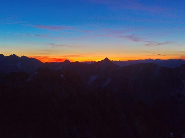 Der Sonnenaufgang kündigt sich an!