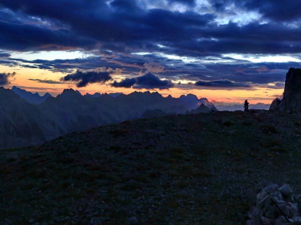 Tagesbeginn am Gipfel des Solstein