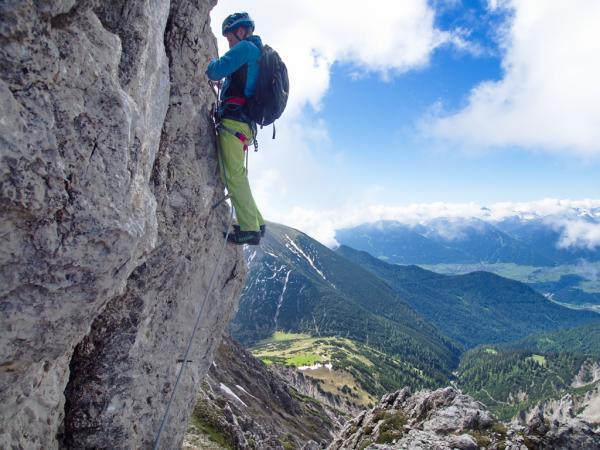 Am Klettersteig des Westgratturmes: