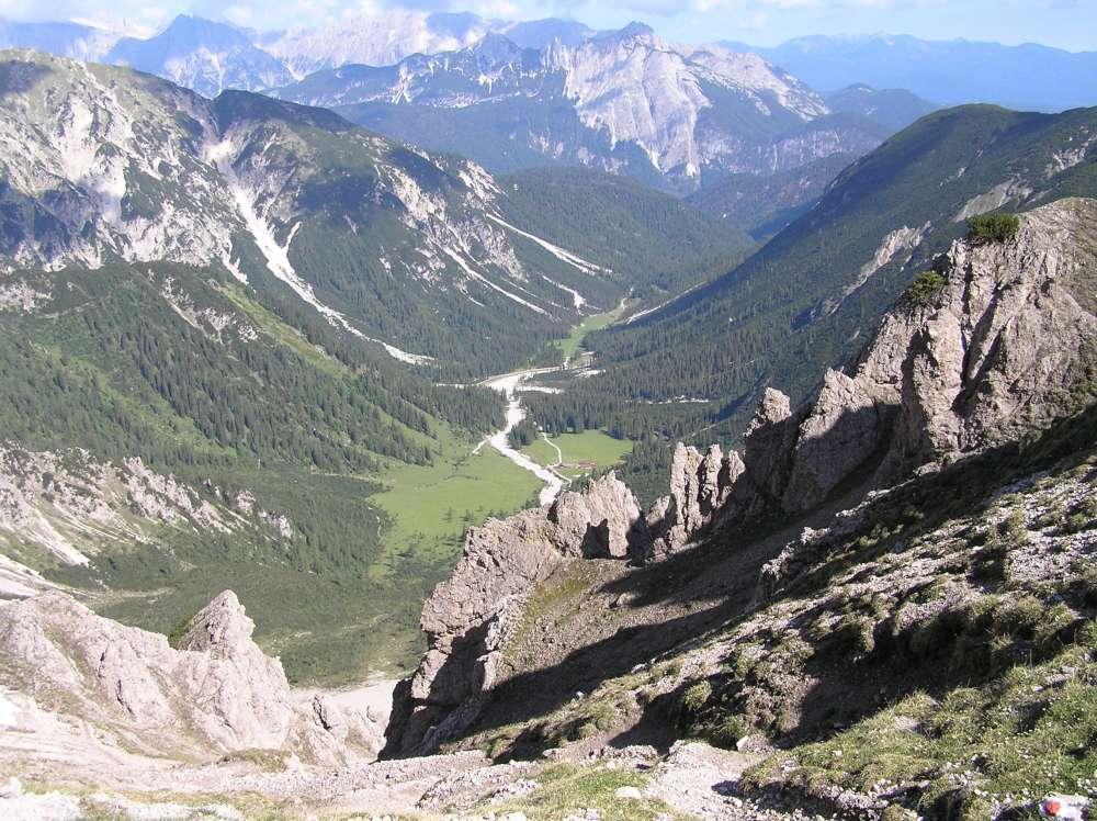 Blick von der Eppzirler Scharte hinaus Richtung Giessenbach